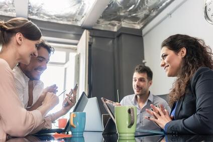 Créer une entreprise à plusieurs associés : quel statut juridique choisir ?